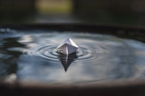 blur-boat-paper-boat-416904