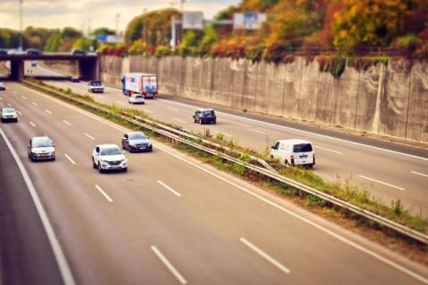 asphalt-auto-automobile-221284 (1)